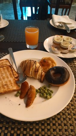 Hablis Hotel: breakfast