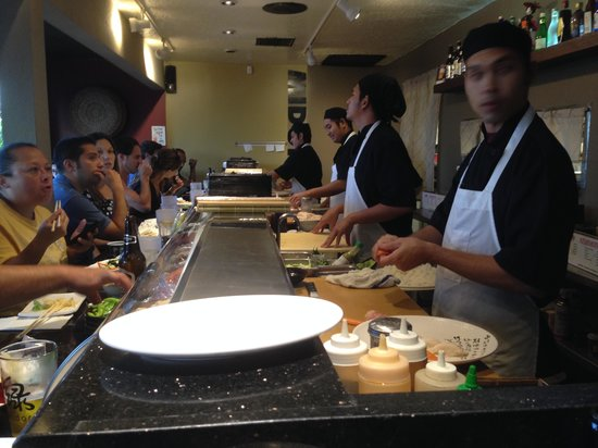 Midori Sushi Restaurant : The Assembly Line