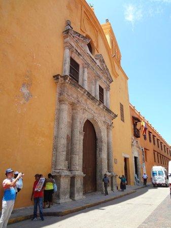 Templo de Santo Domingo: Iglesia de Santo Domingo, Cartagena, Colombia