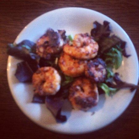 Turk's Seafood Market & Sushi: Blackened Shrimp appetizer. Yum!