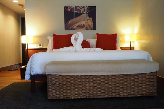 The Andaman, A Luxury Collection Resort: Room with big bed