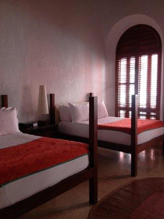 Hotel Quadrifolio : Quarto confortável e limpo