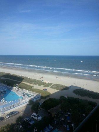 Sea Crest Oceanfront Resort: 9th floor view from Jr. Suite balcony