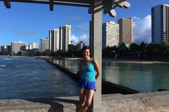 Aston Waikiki Circle Hotel: 06:30hrs~Walking the length of Waikiki Beach to Diamond Head and back.