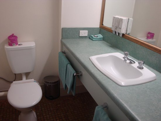 Emerald Meteor Motel: Nice bathroom