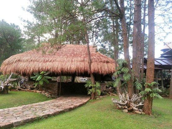 Ri Kynjai: Resort