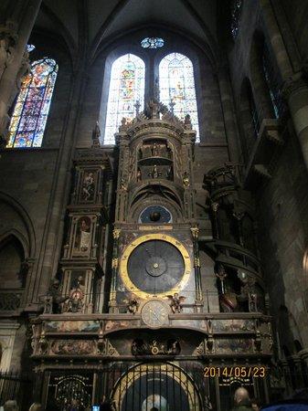 Liebfrauenmünster zu Straßburg (Cathédrale Notre-Dame de Strasbourg): からくり時計