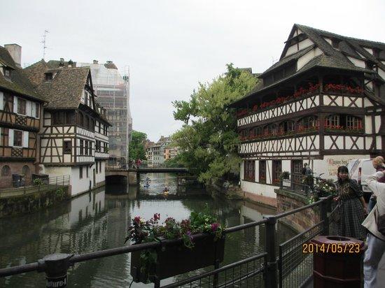 La Petite France : 街並