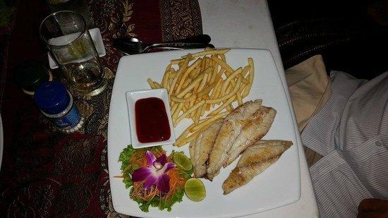 Manubai Restaurant Lounge-bar : Red Snapper