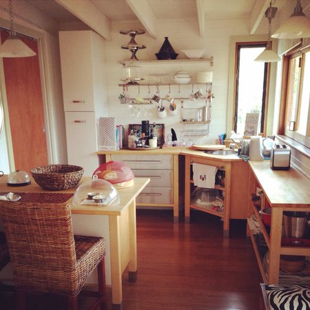 The Old Church Bed & Breakfast: Kitchen