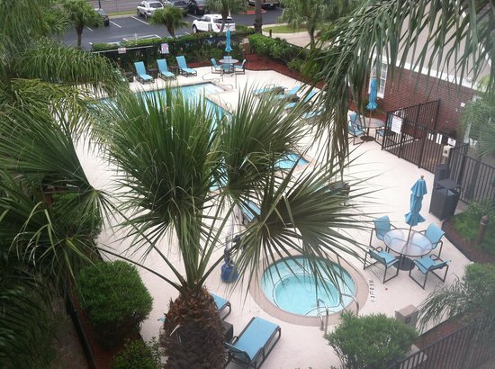 Residence Inn Brownsville: Pool view from my room