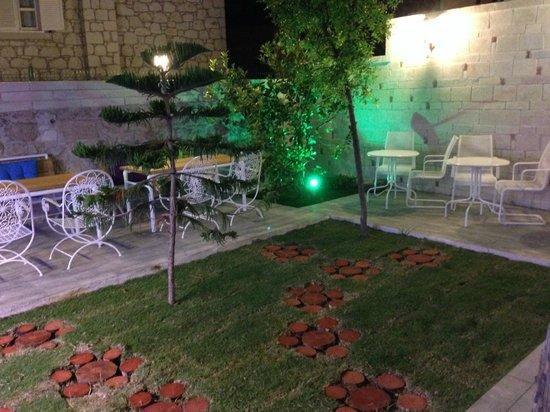 No:onbir Alacati : garden2