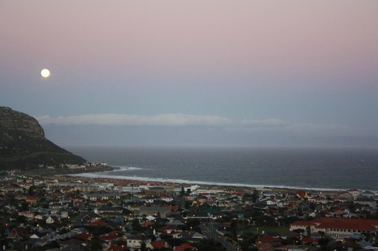 Afrizola: Full moon seaview across False Bay