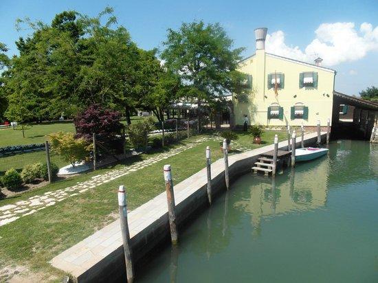 Isla de Torcello: Ristorazione nel verde
