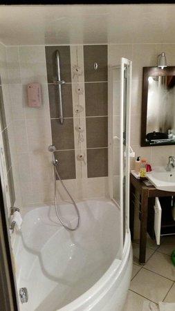 Le Manoir aux Vaches: La salle de bain