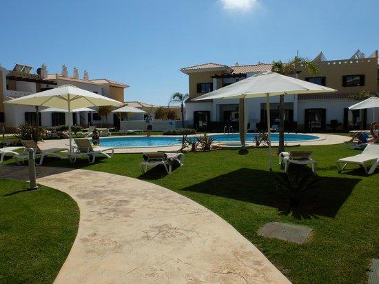 Sagres Time Apartamentos: Espace piscine