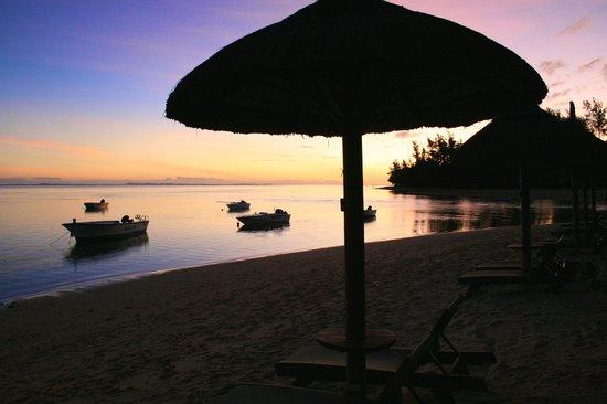 Heritage Le Telfair Golf & Spa Resort: coucher de soleil