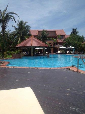 Vinh Hung Riverside Resort: Pool