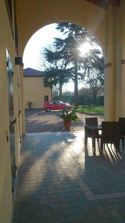 Venice Resort : Sotto il porticato 2