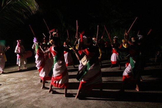 The Riverwood Forest Retreat - Dooars: Local Tribal folk dance
