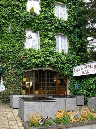 Hotel Anne De Bretagne: Hotel facade
