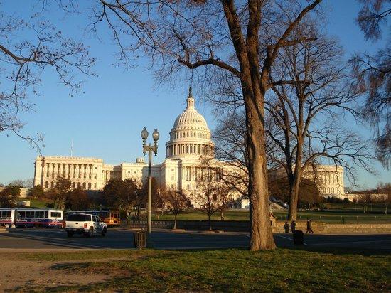 Capitol Hill : Капитолий