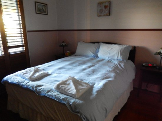 Cudgerie Homestead : Tinbeerwah bedroom