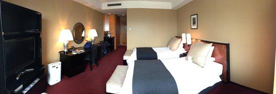Hotel Granvia Kyoto : Our room