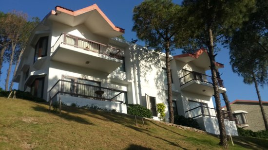 Moksha Himalaya Spa Resort: External Balcony View