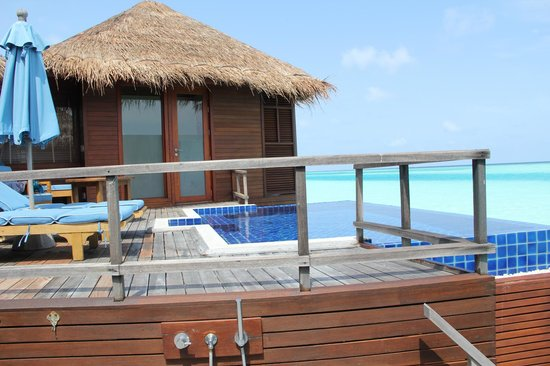 Anantara Dhigu Maldives Resort: Our over water pool villa