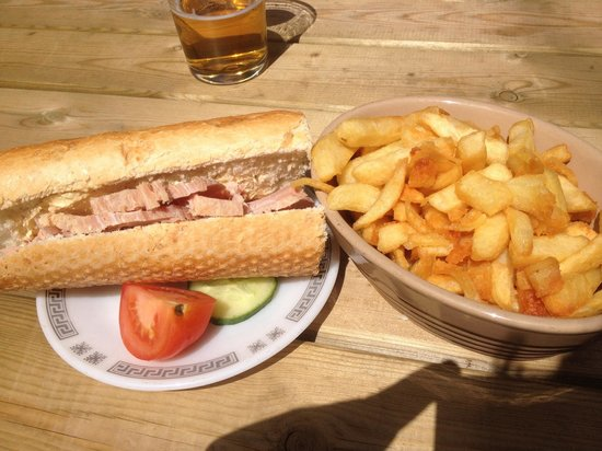 Digby Tap : Lunch at The Tap.