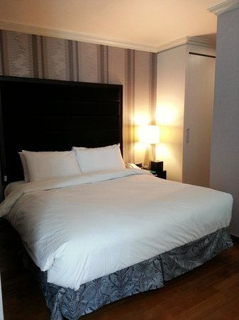Ramada Hotel and Suites Seoul Namdaemun : second bed