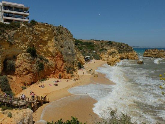 Carvi Beach Hotel Algarve: Praia Dona Ana en face de l'hotel