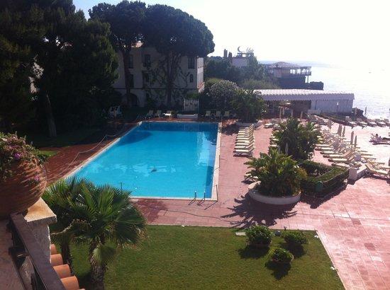 Grand Hotel Baia Verde: la piscina