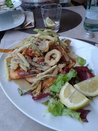 Holiday Ristorante Pizzeria: Fritto di pesce