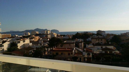 SuneoClub Haiti: View from room 434