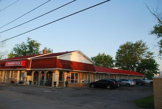 Three Diamond Inn: Sun Rise