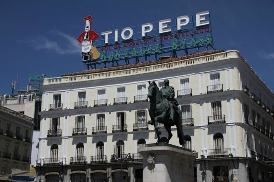 Puerta del Sol by day