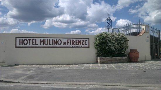 Hotel Mulino di Firenze: Portal