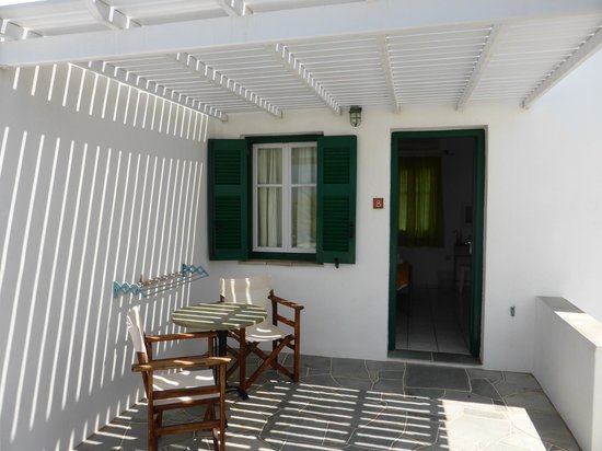 Morfeas Pension : Terrace