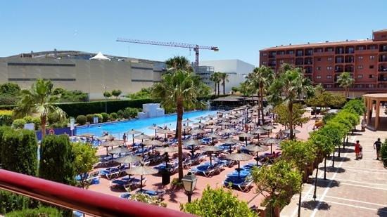 Myramar Fuengirola Hotel: pool oversigt