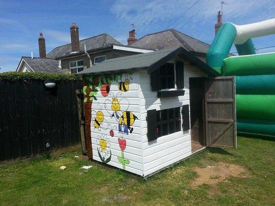The White Lion: playhouse