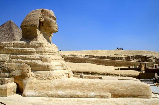 Pyramide de Khéops : Esfinge