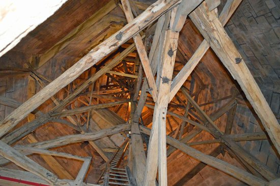 Salisbury Cathedral and Magna Carta: Looking up the spire