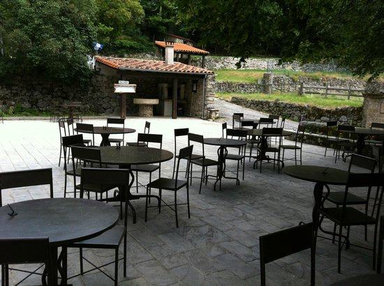 La grande terrasse picture of maison de cevennes le - La maison des cevennes ...