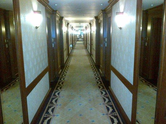 Imperial Palace Seoul : Corridor