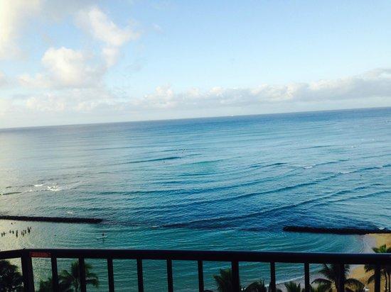 Aston Waikiki Circle Hotel : Hotel Balcony View