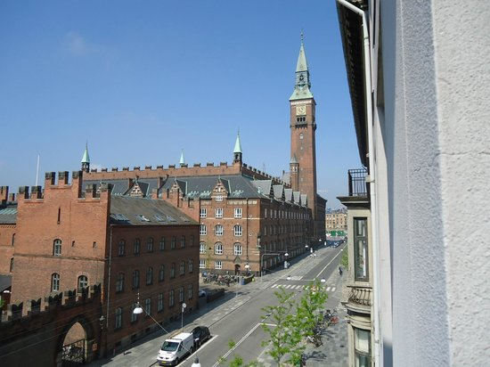 Hotel Danmark - Temporarily Closed: 4th floor room with a view