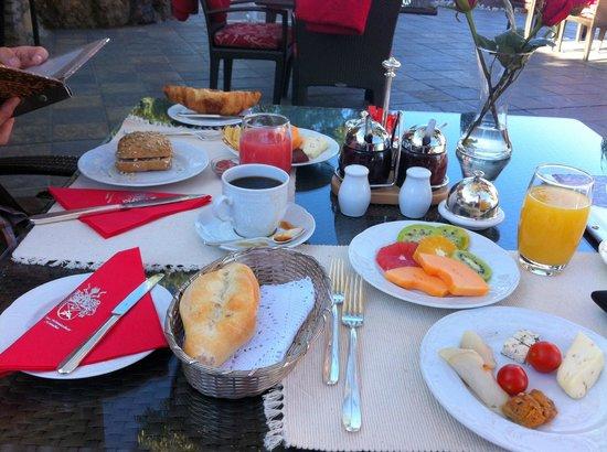 Hotel Heinitzburg: Breakfast