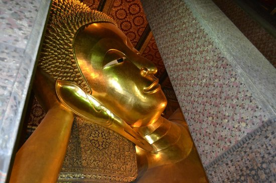 Temple of the Reclining Buddha (Wat Pho): Будда